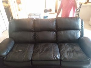 Watches loveseat dog pen fish tank for Sale in TEMPLE TERR, FL