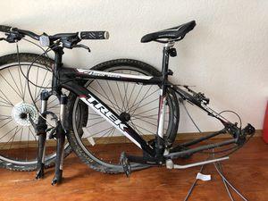 """Trek 18"""" mountain bike for Sale in Denver, CO"""