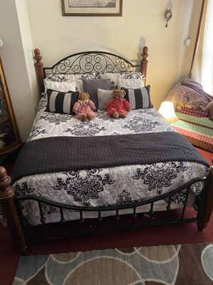 Queen Size Bed Frame for Sale in Cleveland, OH