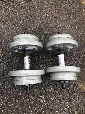 Adjustable dumbbell set 80lbs for Sale in Passaic, NJ