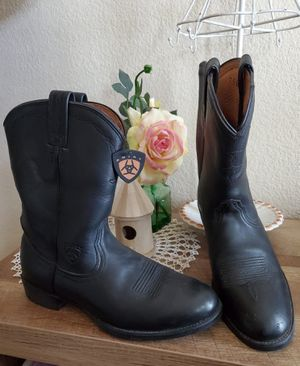 Women's Ariat boots sz 7.5 Like new for Sale in Las Vegas, NV