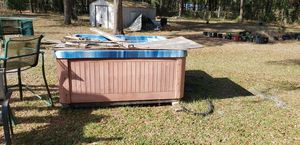 Free hot tub for Sale in Ocala, FL