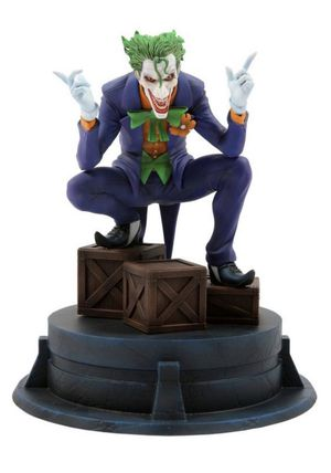 The Joker Jim Lee Chronicle Collectible Statue GameStop ThinkGeek Exclusive DC for Sale in Lewisville, TX