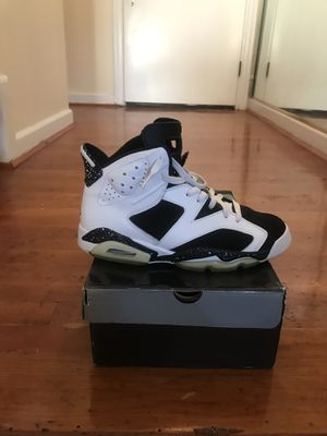 Air Jordan Retro 6 size 9.5 with lace lock excellent condition for Sale in Washington, DC