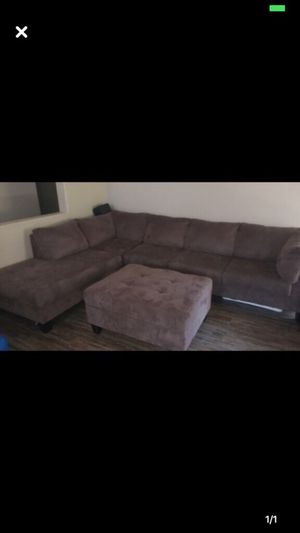 Couch for Sale in Peoria, AZ