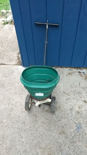 Seed spreader for Sale in Brownsville, WI