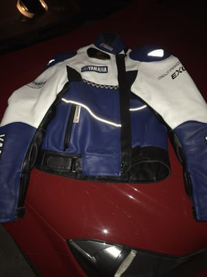 Leather Yamaha motorcycle jacket in nearly new condition. $100 for Sale in Peyton, CO