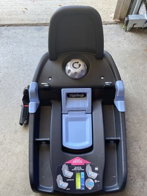 Peg Perego Car seat base for Sale in San Marcos, CA