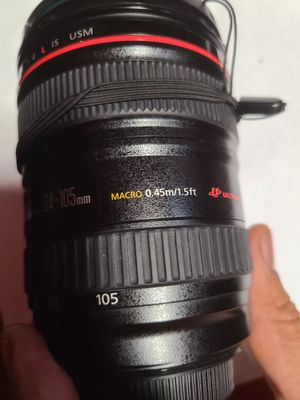 Canon lens 24-105 for Sale in Stockton, CA
