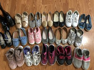 Girls shoe bundle size 2-3 for Sale in Hutto, TX