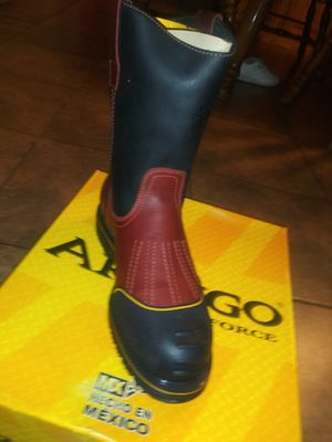 Work boots not steel toe/sin casco for Sale in Garland, TX
