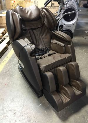 A600 Deluxe Zero Gravity Massage Recliner Chair Full Body with Heating Therapy On The Back, S-Track for Sale in Columbus, OH