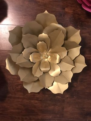 Paper flowers for party decor/backdrops for Sale in New York, NY