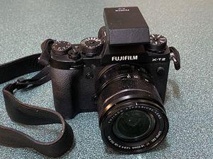Fujifilm X-T2 with 18-55mm for Sale in Fort Walton Beach, FL