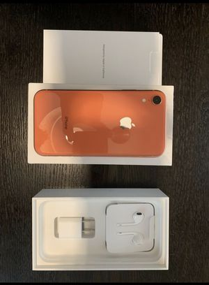iPhone XR 128GB Unlocked Orange Color for Sale in Herndon, VA