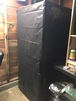 Grow Tent 35x27x 74 for Sale in Milwaukie,  OR