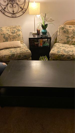 Coffee table and side tables for Sale in Los Angeles, CA