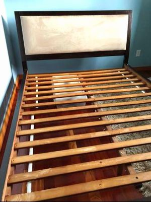 Queen Solid Wood Bed Frame (mattress available) for Sale in Renton, WA