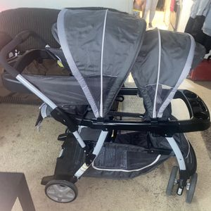 2 Seater Stroller For Infant And Toddler for Sale in Austin, TX