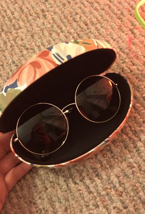 Sunglasses and case for Sale in Silver Spring, MD