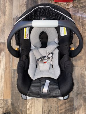 Infant car seat for Sale in Broomall, PA