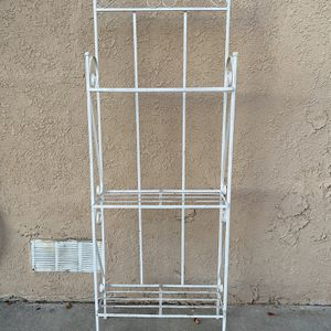 3-Tier Plant Stand for Sale in Huntington Beach, CA