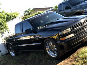 CHEVY SILVERADO 1500 for Sale in Mililani, HI
