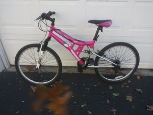 Womens/ Teen girls Mongoose 21 speed!!!! for Sale in Roswell, GA