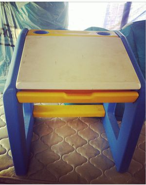 Kids desk for Sale in Reno, NV