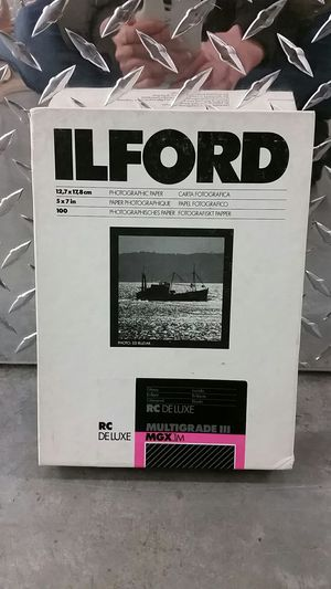 Ilford photo paper multigrade iii glossy 5x7 100 sheets for Sale in Portland, OR