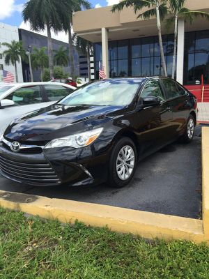 Toyota Camry 2015 for Sale in Miami, FL
