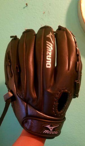 Mizuno 12.5 inches..GBP 1254 Right handed Baseball glove...Great Condition! for Sale in Modesto, CA