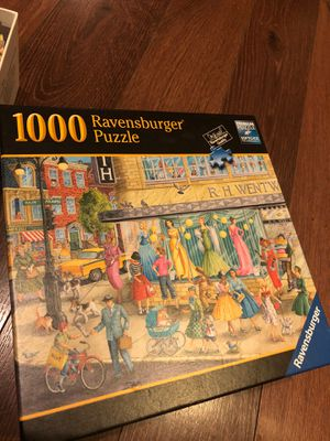 Ravensburger puzzle - window shoppers - 1000 pieces - like new for Sale in AZ, US