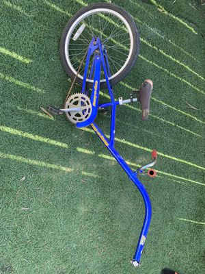 Tag a long bike trailer carrier adapter seat kids bike for Sale in Cardiff, CA