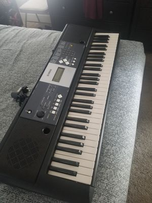 YAMAHA KEYBOARD YPT 230 SELL ASAP for Sale in West Covina, CA