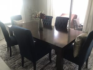 Solid wood table for Sale in Haines City, FL