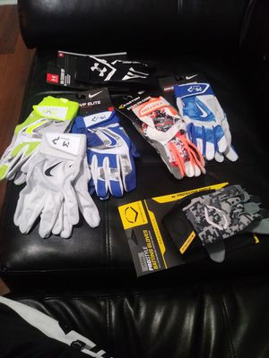 Baseball/softball gloves for Sale in Key Biscayne, FL