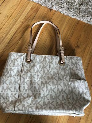Michael Kors large tote bag for Sale in Bordentown, NJ