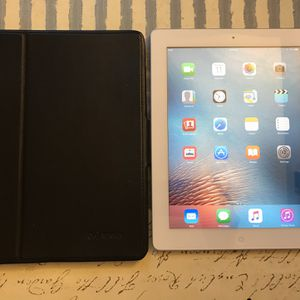 No Trade at All. Apple iPad 2 32GB - White (WiFi) 9.7in Tablet for Sale in Phoenix, AZ