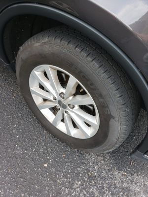 TIRE & RING Dodge Durango 2013 for Sale in Walkersville, MD
