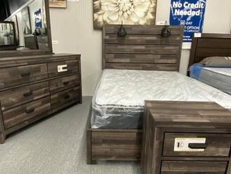 Carter Brown Panel Bedroom Set (Queen and King Bed Frame for Sale in Austin,  TX