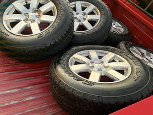 Jeep Sahara wheels for Sale in Avondale, AZ