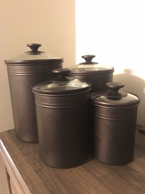 Kitchen storage containers canisters that seal all different sizes brown metal and clear lid for Sale in Greenville, SC