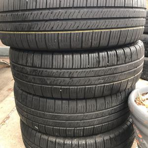 Set 205 70 16 Goodyear Eagle Used for Sale in Cicero, IL