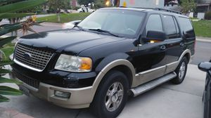 2006 Ford Expedition Eddie Bauer for Sale in East Los Angeles, CA