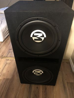 Subwoofers with Amp & Digital capacitor for Sale in Largo, FL