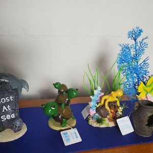 Aquarium Decorations for Sale in DeKalb, IL