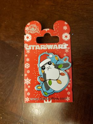 Disney pin - Star Wars Porg - holiday - Christmas for Sale in Kent, WA