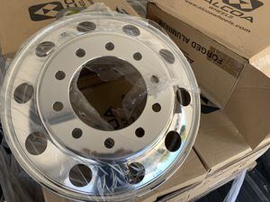 "24.5"" Alcoa Dually 10 lug wheels for Sale in HUNTINGTN BCH, CA"