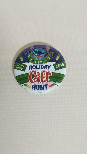 Disney Pin, 2019 Holiday Gift Hunt, Stitch for Sale in Lithia, FL
